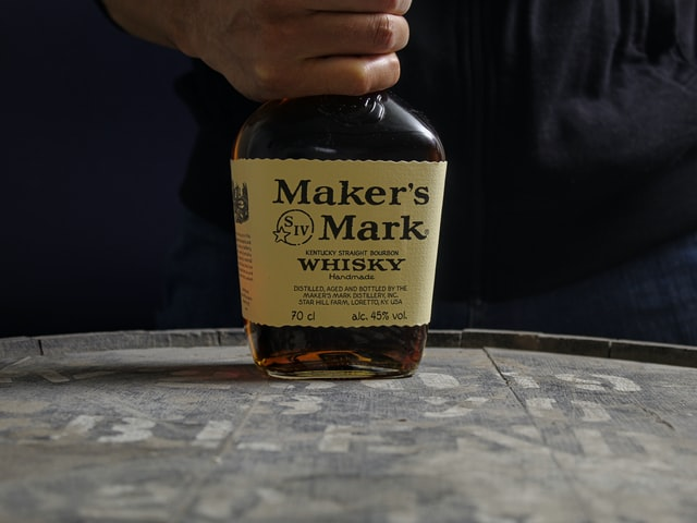 picture of a bottle of makers mark bourbon,